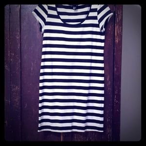 L black white stripe bodycon dress